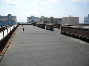 Перекриття даху руберойдом
